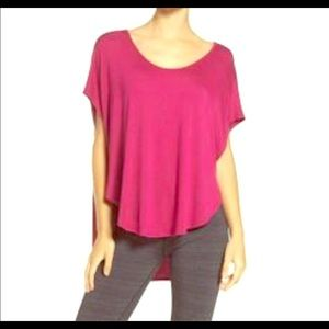 Beyond Yoga pink scallop tee